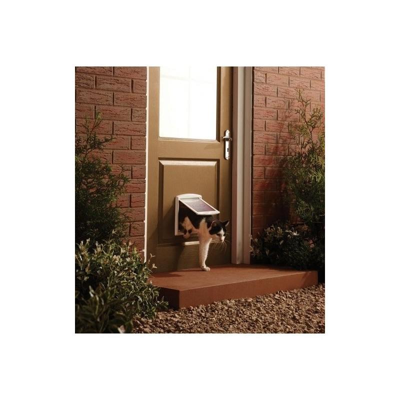 Drzwi dla psów i kótow Staywell 715, biały S